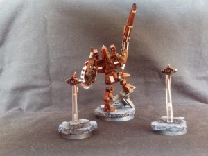 TAU BATTLESUIT COMMANDER SHAS'O R'ALAI WITH DRONES 4